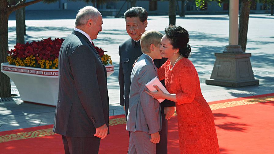 Картинки по запросу Син ЦЗИНЬПИН и Порошенко с Лукашенко