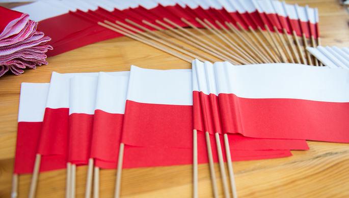 «Америка далеко, Россия рядом»: в Москве осудили санкции Польши