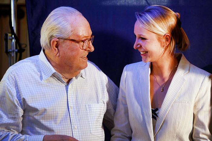 Марион-Маришаль Ле Пен с дедом Жан-Мари Ле Пеном