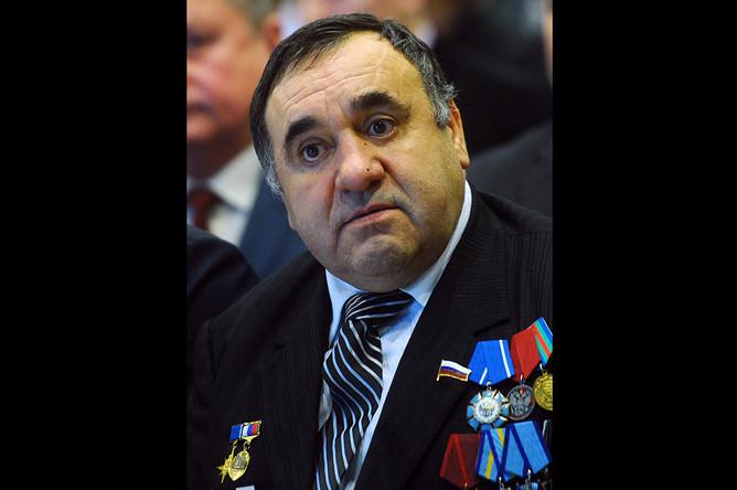 Василий Тарасюк во время XXIV съезда ЛДПР, 2011 год