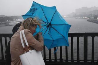 Серая неделя: ливни и грозы добьют Москву