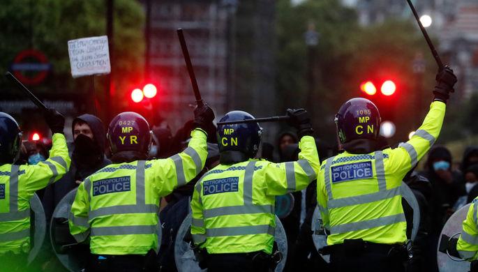 «Готов стать беззащитным»: в США призывают распустить полицию