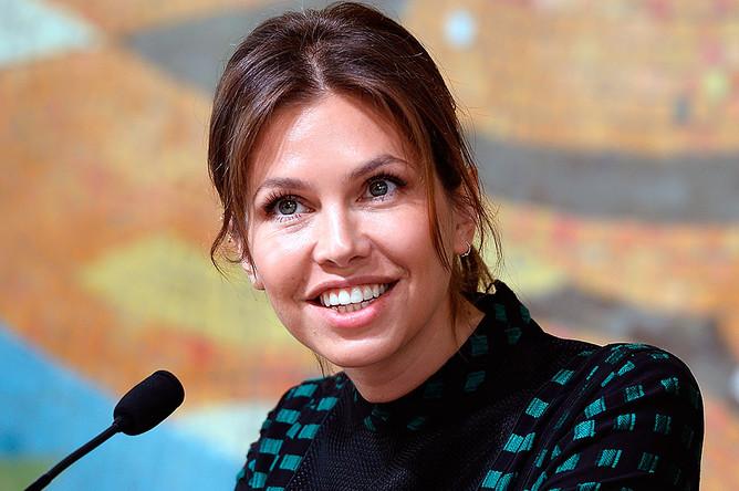 Дарья Жукова на открытии нового здания музея современного искусства «Гараж»
