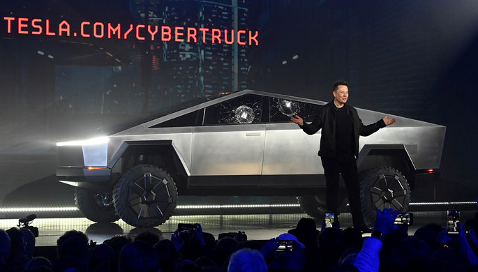 Презентация Tesla Cybertruck в Хоторне, Калифорния, 21 ноября 2019 года