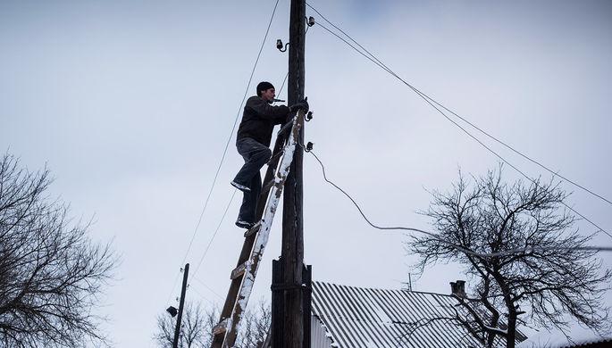 «Хотят уничтожить шахты»: в Киеве жалуются на дешевое электричество из РФ