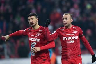 Защитник «Спартака» Сальваторе Боккетти и его капитан Денис Глушаков