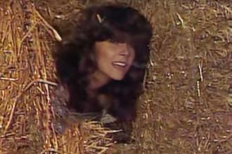 Вероника Кастро в начальной заставке из сериала «Богатые тоже плачут»