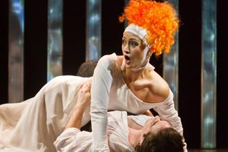 Опера «Граф Ори» в постановке Екатеринбургского театра оперы и балета была показана на фестивале «Золотая маска»