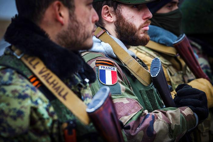 Бойцы интернационального отряда при батальоне «Призрак»