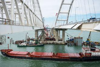 Строительство Крымского моста через Керченский пролив, март 2018 года