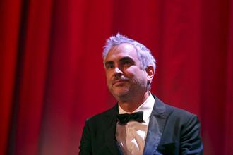 Председатель жюри — мексиканский режиссер Альфонсо Куарон