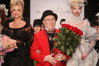 Модельер Вячеслав Зайцев на показе коллекции SLAVA ZAITSEV в рамках Недели моды Mercedes-Benz Fashion Week в ЦВЗ «Манеж»