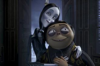 Кадр из мультфильма «Семейка Аддамс» (2019)