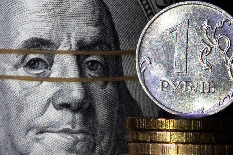 Экономист спрогнозировал укрепление рубля осенью