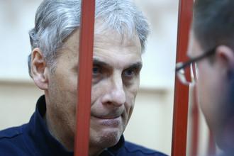 Бывший губернатор Сахалина Александр Хорошавин в Басманном суде, август 2015 года