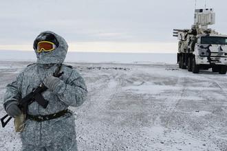 Из средств противовоздушной обороны на Котельном имеется самоходный зенитный ракетно-пушечный комплекс «Панцирь-С1»