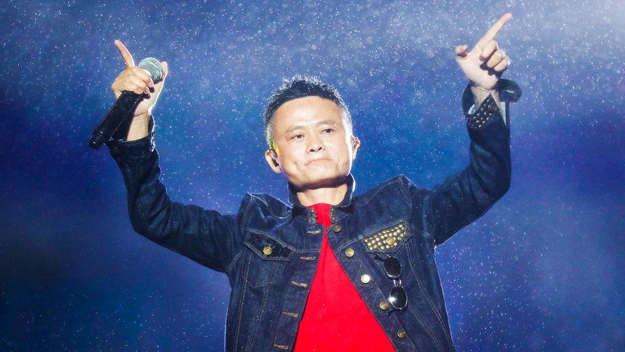 Основатель Alibaba Group Джек Ма во время выступления на музыкальном фестивале в Ханчжоу, 2017 год