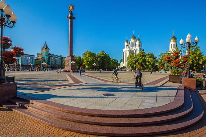 Кафедральный собор Христа Спасителя на площади Победы