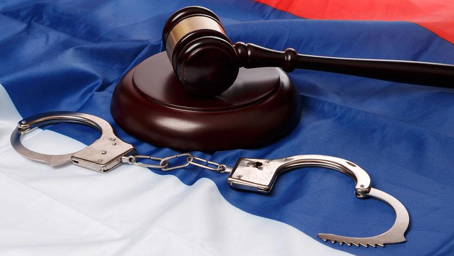 Суд в Петербурге отказал в аресте обвиняемого в изнасиловании несовершеннолетней