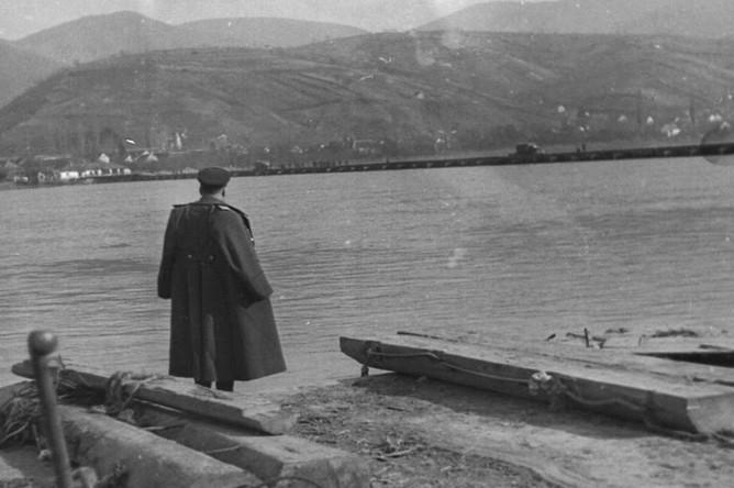 Маршал Советского Союза Р.Я. Малиновский в г. Будапеште. Венгрия, 1945 г.