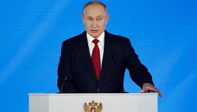 Оскорбительно: Кремль оценил слова Зеленского о Второй мировой