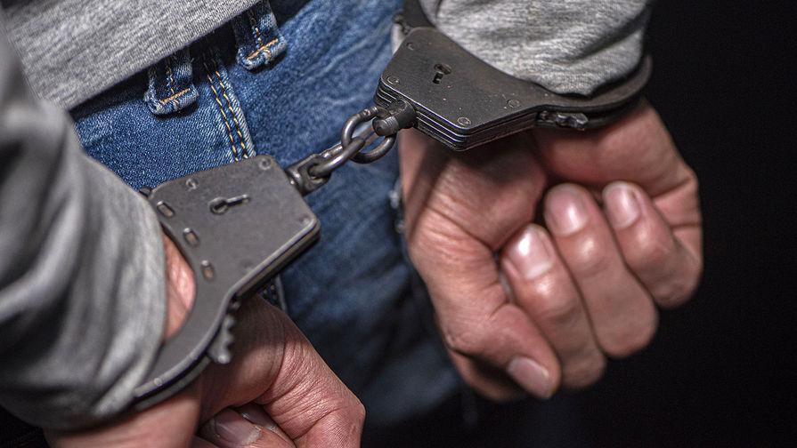Жителя Омска приговорили к 14 годам за заражение ВИЧ жен и дочерей
