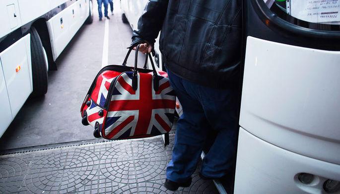 От дипломатов к дипломам: Британия выгоняет россиян