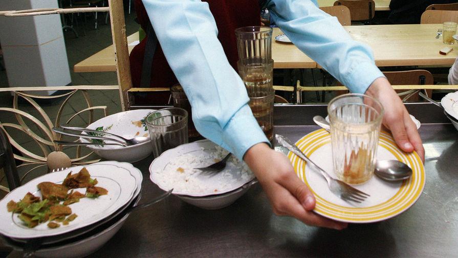 Роспотребнадзор нашел нарушения на комбинате школьного питания под Красноярском