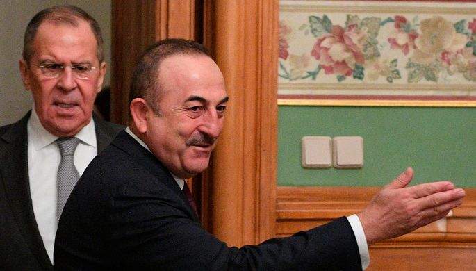 «Поиск баланса интересов»: Лавров и Чавушоглу встретились в Сочи