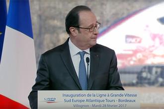 Президент Франции Франсуа Олланд после инцидента со стрельбой, 28 февраля 2017 года