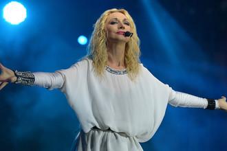 Кристина Орбакайте на концерте в Смоленске, 2013 год