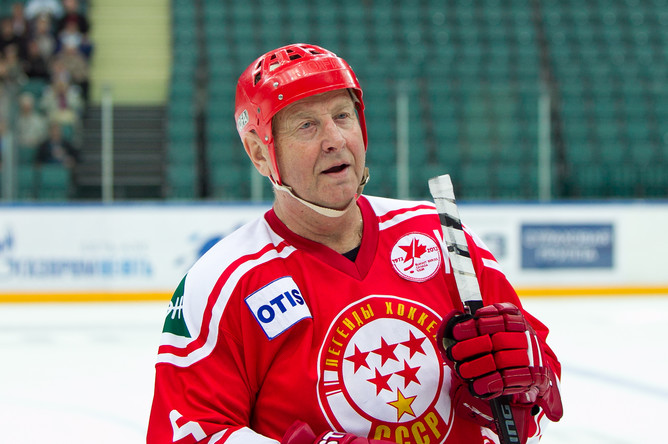 Юрий Ляпкин в форме «Легенд хоккея СССР»