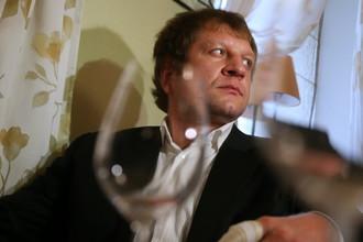 Александр Емельяненко пустился во все тяжкие