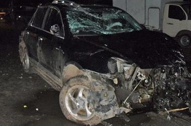 В ноябре 2010 года экс-голкипер ЦСКА Вениамин Мандрыкин попал в автомобильную аварию на Porsche Cayenne, в результате чего получил перелом позвоночника с повреждением спинного мозга