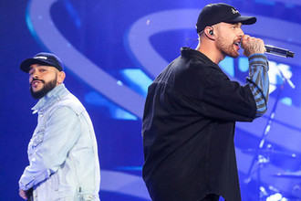 Тимати (Тимур Юнусов) и Егор Крид на концерте в рамках конкурса «Новая волна» в Сочи, 2018 год