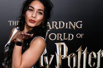 Ванесса Хадженс на открытии парка «Волшебный мир Гарри Поттера»