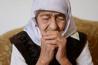 Пенсионерка Коку Истамбулова у себя дома в селе Братское Надтеречного района Чечни, 13 мая 2018 года