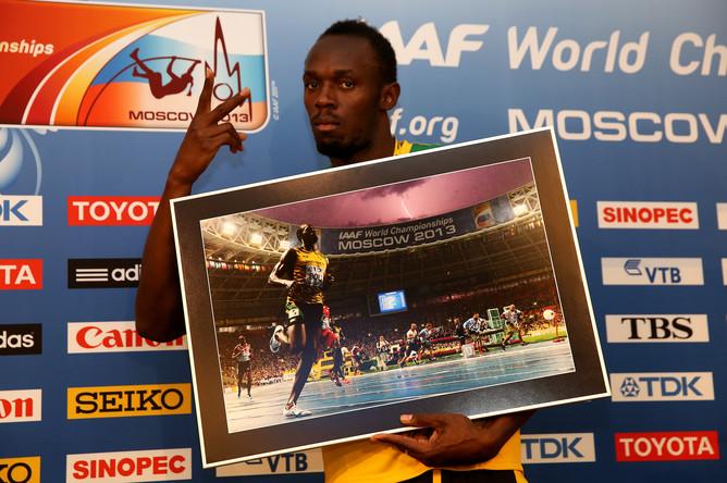 Усэйн Болт — трехкратный чемпион мира на дистанции 200 метров