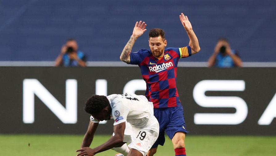 Эпизод матча «Барселона» — «Бавария», Лионель Месси против Альфонсо Дэвиса