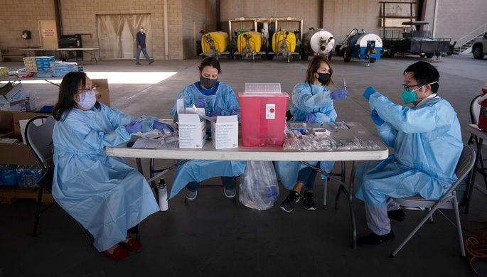 «Пытались подкупить врачей»: как Голливуд охотится на вакцину