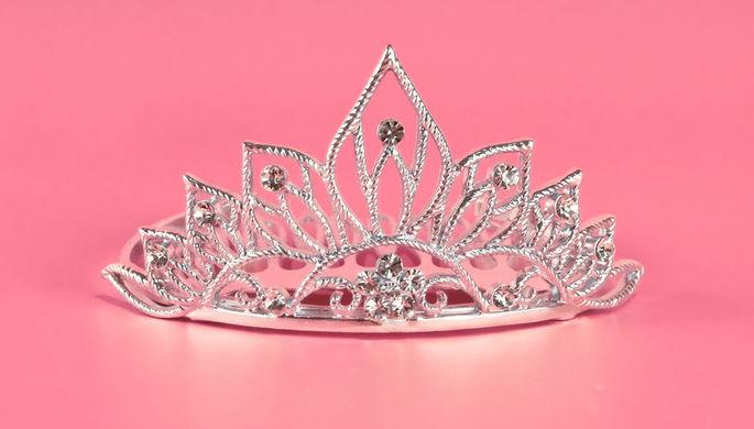 Неуверенная бизнес-леди: кому досталась хрустальная корона