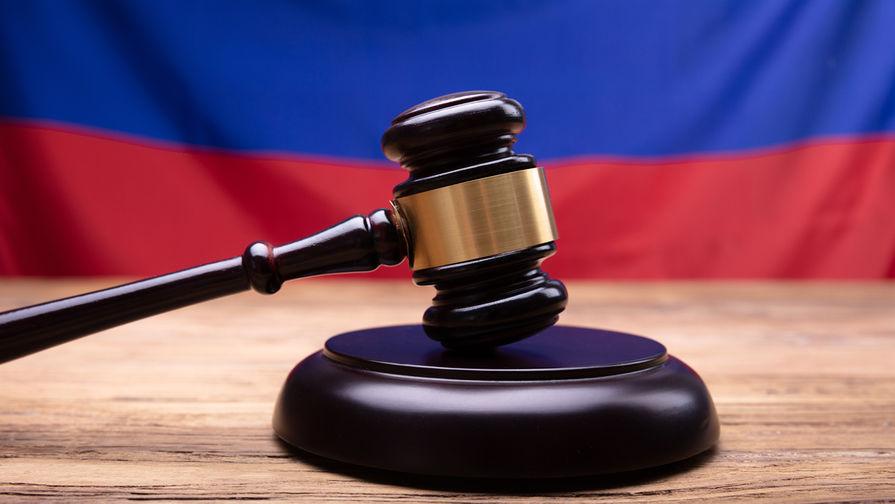 Суд отменил домашний арест Соболь и Олегу Навальному