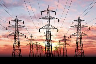 Поставщики электроэнергии снижают цены для чешских потребителей