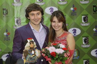 Сергей Карякин со своей очаровательной супругой Галией
