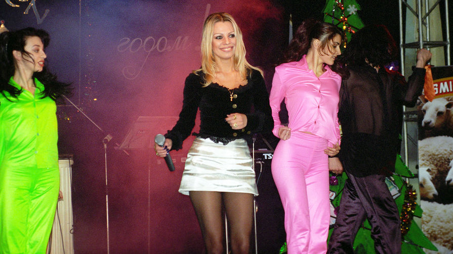 Ирина Салтыкова во время выступления, 1997 год
