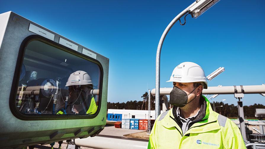На территории газораспределительного центра магистрального газопровода «Северный поток-2» в городе Любмин в Германии, апрель 2021 года
