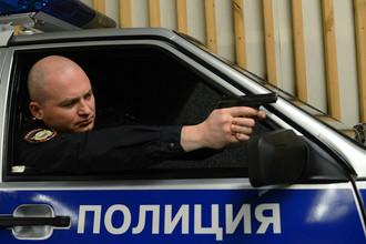 Тренажер для стрельбы из машины в центре подготовки МВД, 2015 год