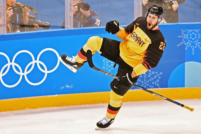 Во время полуфинального матча по хоккею между Канадой и Германией на Олимпиаде в Пхенчхане, 23 февраля 2018 года