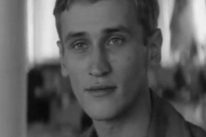 Кадр из фильма «Город первой любви» (1970)
