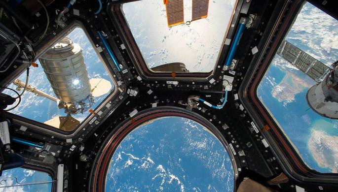 Вид с Международной космической станции на планету Земля